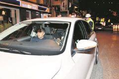 Gülşen ve Sevgilisi Trafik Kazası Yaptı