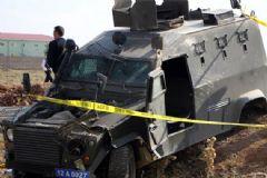 Polis Aracı Devrildi: 1 Şehit, 2 Yaralı