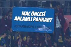 Diyarbakırlı Fenerbahçe Taraftarlarından Anlamlı Pankart