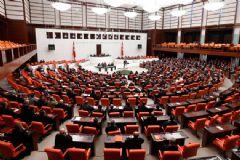 Meclis'te Kadın Vekil Sayısı Azaldı