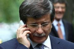 Davutoğlu ile David Cameron Telefonda Görüştü
