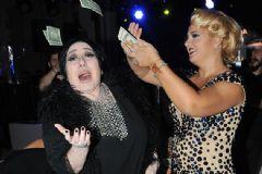 Nurella: O Fotoğrafları Silin Ben Dolar Atılsın İstemedim