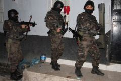 Adana'da Şafak Operasyonu: 18 Gözaltı