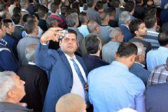 Şehit Cenazesinde Selfie Rezaleti