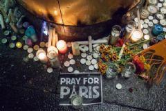 Sosyal Medya Fransa'daki Terör Olayı İçin Tek Yürek