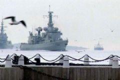 Çanakkale Boğazı'nda Savaş Gemisi Hareketliliği
