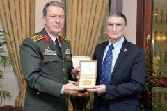 Aziz Sancar, Genelkurmay Başkanı Orgeneral Akar'ı Ziyaret Etti