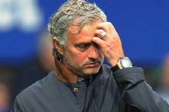 Mourinho Chelsea'den Kovuldu!