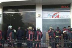 Televizyon Kanalında Yangın Çıktı: 1'i Ağır 4 Yaralı