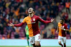 Galatasaray: 3 Akhisar Belediyespor: 2