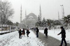 İstanbul'da Kar Kalınlığı 50 Cm
