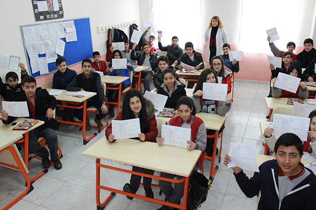 15 Milyon 710 Bin Öğrenci Bugün Karne Aldı