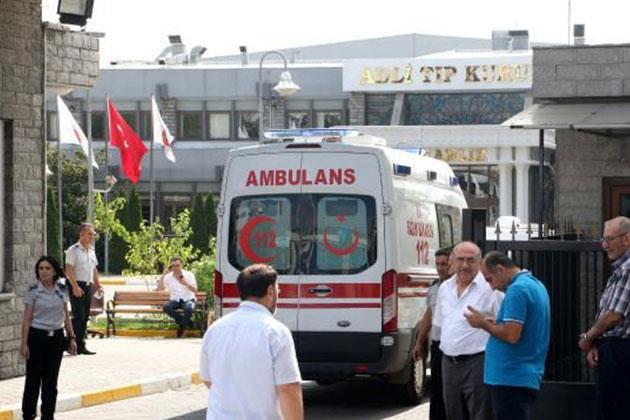 Atatürk Havalimanı'ndaki Saldırının İzleri Gün Ağarınca Ortaya Çıktı