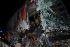 Eskişehir'de Trafik Kazası: 14 Yaralı