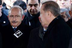 Mustafa Koç'un Cenaze Töreninde Selamlaşmadılar