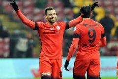 Hat-Trick Yapan Sinan Gümüş Galatasaray'ı Sırtladı