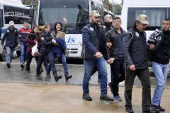 Antalya'da PKK Operasyonu: 29 Gözaltıdan 17'si Tutuklandı