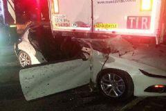 İstanbul'da Trafik Kazası: 2 Ölü 1 Yaralı