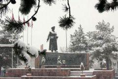 Kar Yağışı Nedeniyle Erzurum ve Ağrı'da Yollar Ulaşıma Kapandı