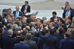 TBMM'de AK Parti ve HDP'li Milletvekilleri Arasında Gerilim!
