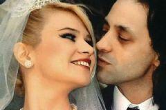 Seçkin Piriler İle Kaan Tangöze Boşanıyor