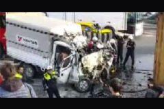 TEM'de Feci Kaza: 2 İşçi Hayatını Kaybetti