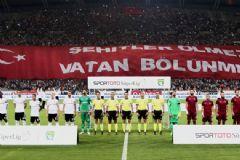 Beşiktaş Maç Öncesi Ankara Yazılı Tişörtlerle Sahaya Çıkacak
