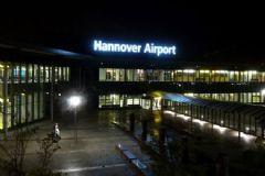 Almanya'nın Hannover Havalimanı Bomba Şüphesiyle Kapatıldı!