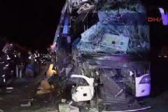 TEM'de Trafik Kazası: 12 Yaralı