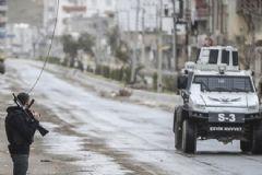 Lice'de Polis Aracına Bombalı Saldırı: 2 Polis Yaralı