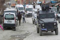 Yüksekova'da Bina Çöktü! 3 Asker Göçük Altında Kaldı