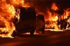 İstanbul'da 1 Gecede 23 Araç Kundaklandı