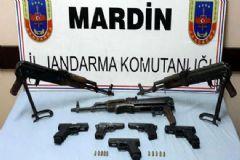 Mardin'de Bir Polisi Şehit Eden PKK'lıların Silahları Ele Geçirildi