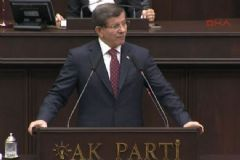 Davutoğlu: Anayasa Değişikliğinin Son İmzasını Biraz Önce Attım