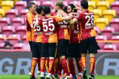 Galatasaray Kasımpaşa'yı 4-1 Mağlup Etti
