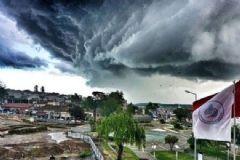Edirne'nin Üzerine Kara Bulutlar Çöktü