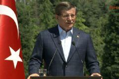 Davutoğlu: İnşallah 1 Mayıs Çatışma Günü Olmaktan Çıkar