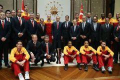 Cumhurbaşkanı Erdoğan Eurocup Şampiyonu Galatasaray'ı Kabul Etti