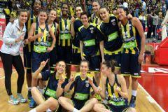 Kadınlar Basketbol Ligi'nde Fenerbahçe Şampiyon!