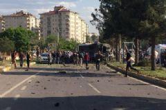 Diyarbakır'daki Saldırıda Ölen 3 Kişinin PKK'lı Olduğu Öğrenildi