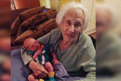 İşte Dünyanın En Yaşlı Annesi: 101 Yaşında Doğum Yaptı!