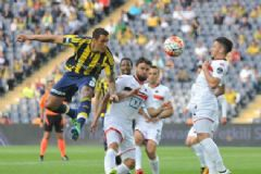 Fenerbahçe'nin Galibiyeti Yetmedi