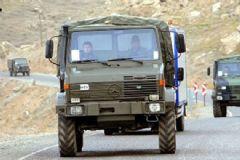 Mardin Ömerli'de Askeri Araca Bombalı Saldırı!