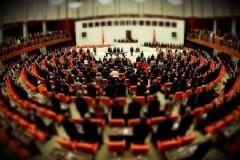 Anayasa Değişikliği Teklifinde Maddelere Geçilmesi 348 Oyla Kabul Edildi