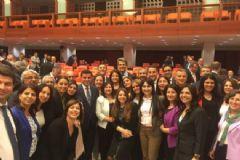 HDP'lilerden Oylama Sonrası Mutluluk Pozu