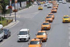 Binali Yıldırım'ın Adı Açıklandı 500 Taksici Kutlama Turuna Çıktı