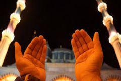 Berat Kandili'nde Hangi Dualar Edilir, Nasıl İbadet Edilir?