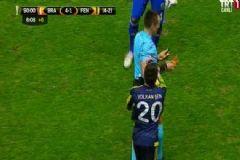UEFA Fenerbahçe'ye Ceza Yağdırdı