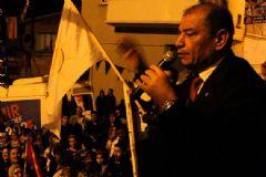 İzmir'de AK Partili Eski Belediye Başkanı Tartıştığı 2 Kişiyi Öldürdü