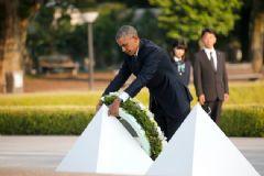 Hiroşima'ya Giden Obama Tarihe Geçti